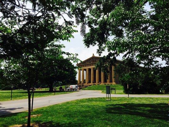 Centennial Park: The Parthenon