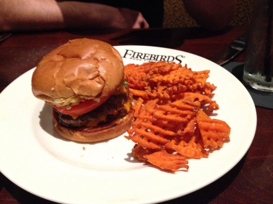 Firebirds Wood Fired Grill : Burger