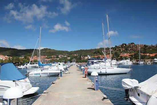 Hotel Castello: Hafen von Porto Ottiolu