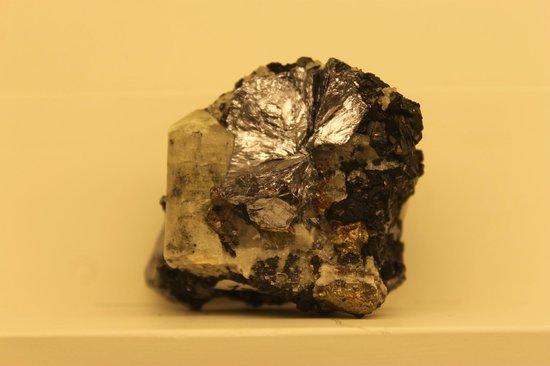 Museo de Minerales Andres del Castillo: ,