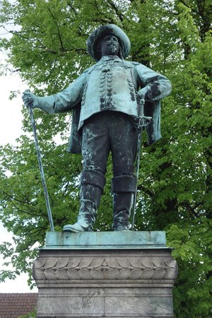 Christian IV Statue
