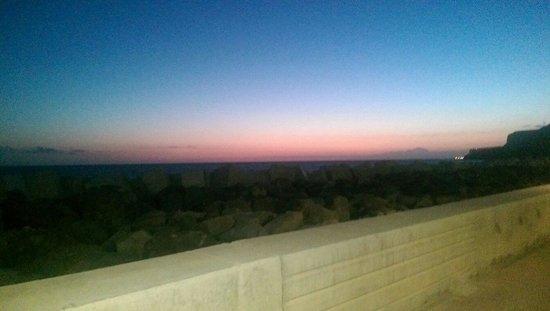 Aparthotel Mirador del Atlantico: Sunset from the terrace