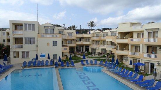 메니아 비치 호텔 사진