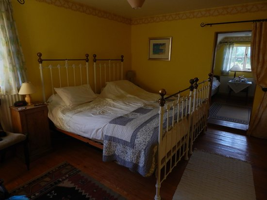 Old Wills Farm: Main room of the triple room
