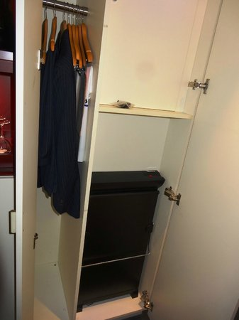 Radisson Blu Hotel, Frankfurt: Ridiculous closet - cab. top right is fuse box