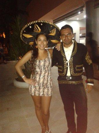 Hotel Riu Lupita : Uriel de entretenimientos