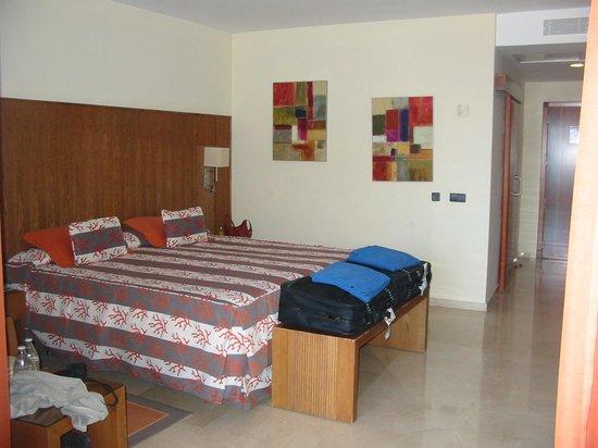 Gloria Palace Royal Hotel & Spa : Standard room