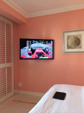 The Oyster Box: Watching the Monaco F1 Qualifiers from the room