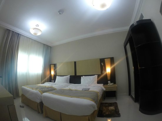Adamo Hotel Apartments : appartement 2 chambres (2 lits simples)
