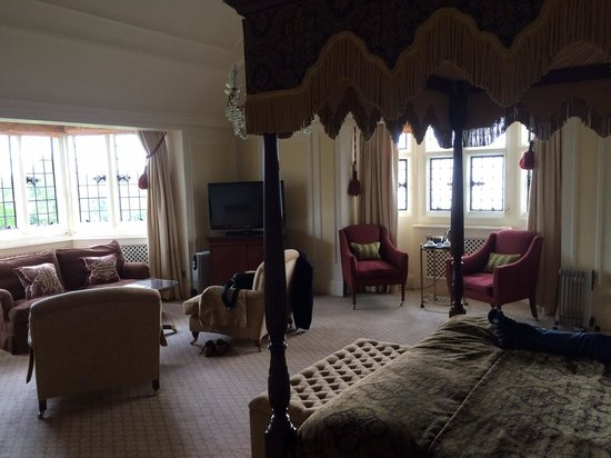 Danesfield House Hotel And Spa: Junior suite 201