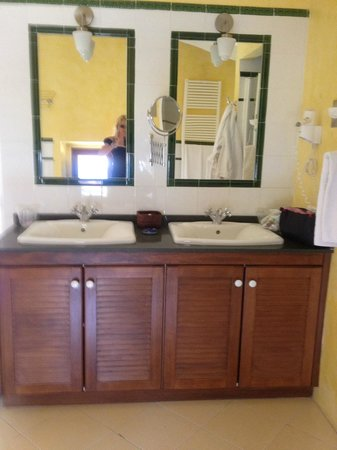 Hotel Sant Salvador: bathroom