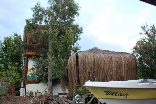 Villa Iz: 2014 may1
