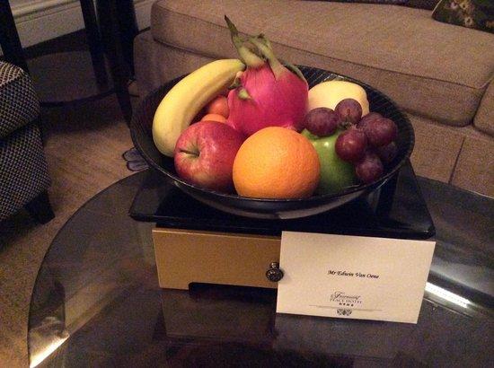 Fairmont Peace Hotel: a healthier choice than the chocolate.