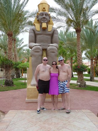 Club Magic Life Sharm el Sheikh Imperial: On the way back up from the beach
