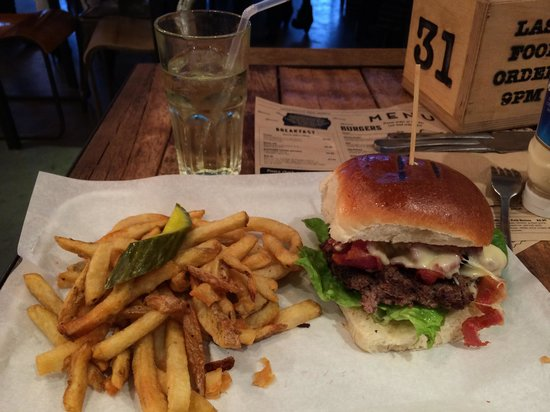 Hub burger and chips! Mmm