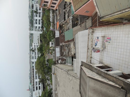 Holiday Diamond Hotel : Part of the 'city view' offered from room 501