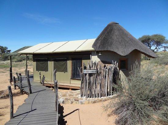 """Kalahari Red Dunes Lodge: """"Ostrich"""" Bungalow"""