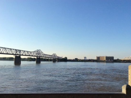Louisville Waterfront Park : View from waterfront