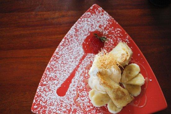 KC Crave: Cinnamon Fried Cheesecake with bananas, vanilla ice cream and caramel