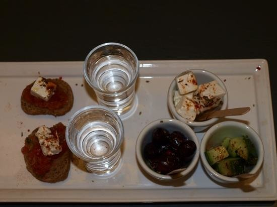 O&B Athens Boutique Hotel: after complimentary tray we headed to their bar 1st night