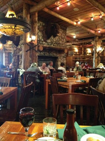Gun Barrel Steak & Game House: Beautiful Western Decor