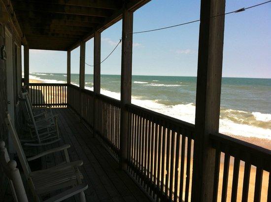 Cape Hatteras Motel: Diese Aussicht bieten die Zimmer am Meer