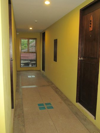 South Siam Guesthouse: corridor