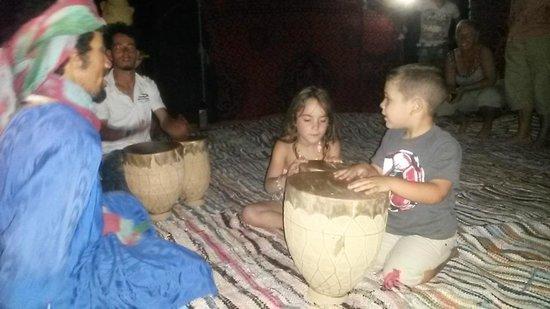 Chez les Habitants: nuit dans le désert