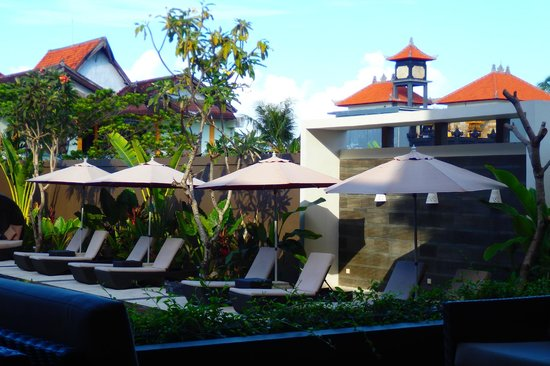 The Kana Kuta - Pool view from the restaurant - 9:30am