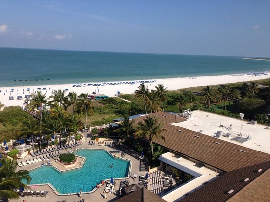 Hilton Marco Island Beach Resort : view from room 1024