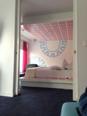 Room Mate Valentina: 1302