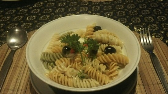 Hin Lek Fai Restaurant : Pasta