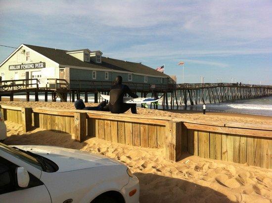 Days Inn & Suites Kill Devil Hills-Mariner : Der Avalon-Pier liegt nahe zum Days Inn