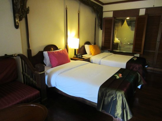 Krabi Thai Village Resort: our room