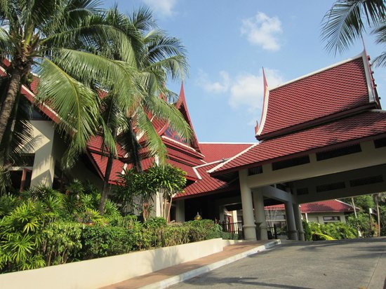 Krabi Thai Village Resort: entrance