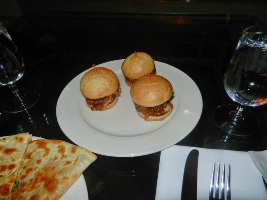 Inn at Morro Bay: Bar Food