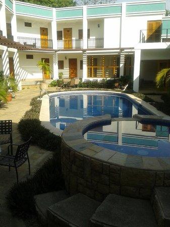 Hotel Mozonte: Vista de la Piscina