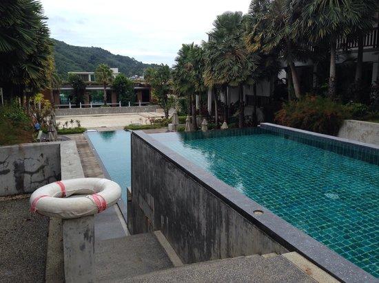 Wyndham Sea Pearl Resort Phuket: Piscine