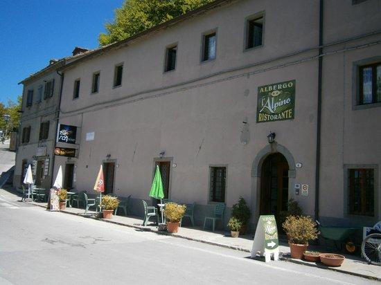 Ristorante Pizzeria L' Alpino: Il complesso
