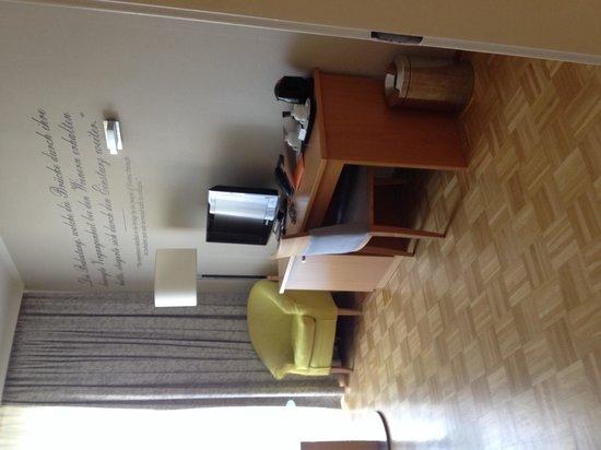 Das Capri: Room 608