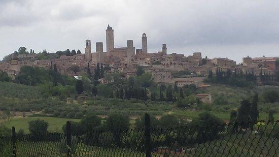 Camping Boschetto Di Piemma: 20 mins to San Gimignano