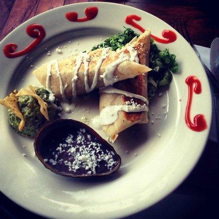 La Terraza: Burrito