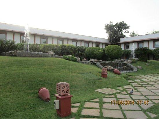 Trident, Agra: zona ajardinada