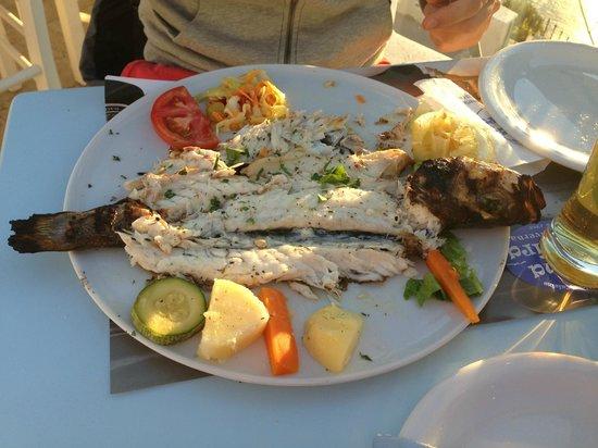 Mama Thira Tavern: Grilled fresh fish