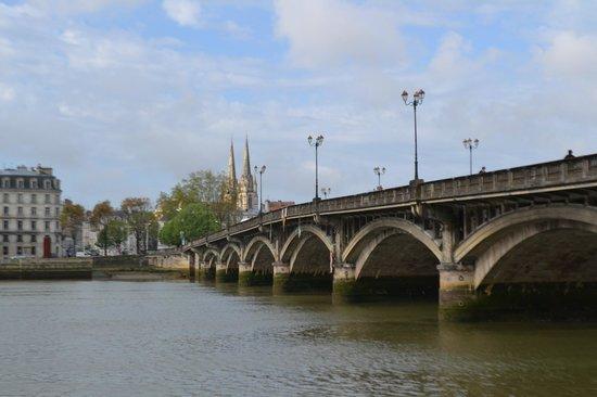 Ibis Bayonne Centre : Bridge