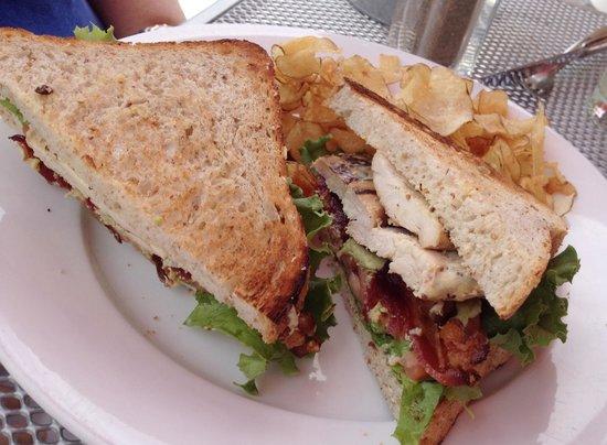 Photo of American Restaurant Yum Kitchen & Bakery at 4000 Minnetonka Blvd, Saint Louis Park, MN 55416, United States