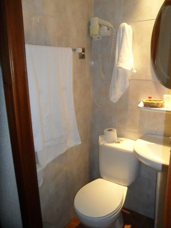 Hotel Lloret Ramblas: toilet