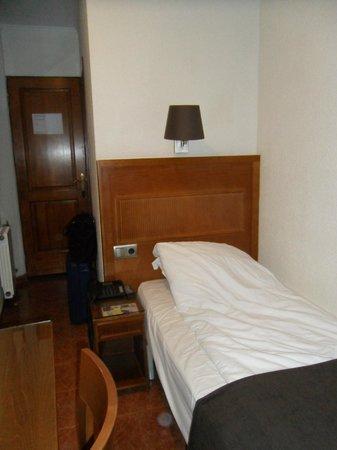 Hotel Lloret Ramblas : bedroom