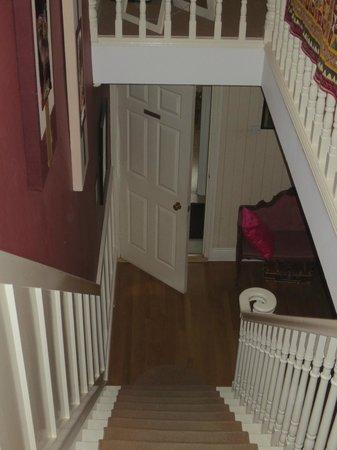 Glenomra House: Stairway