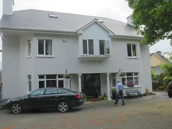 Glenomra House: Exterior of B&B